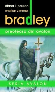 marion-zimmer-bradley_preoteasa-din-avalon21-615x1024